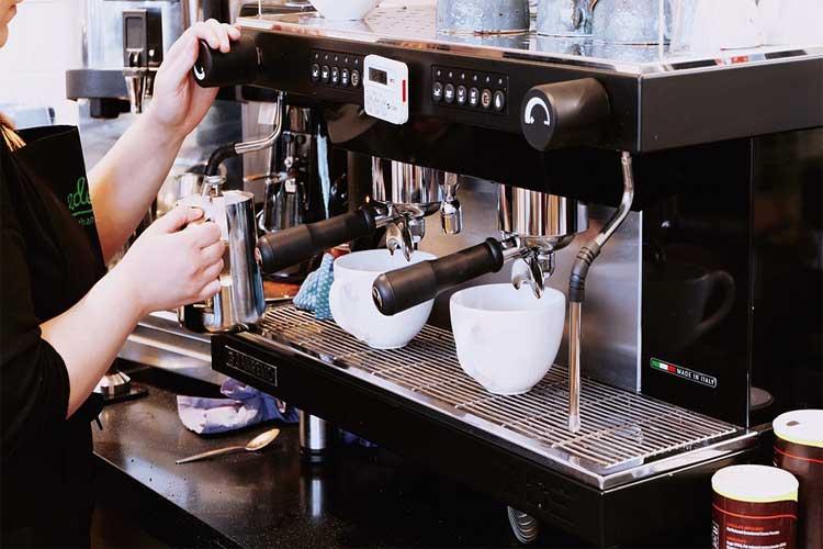 cafetière-15-bars-krups-evidence-one-touch-percolateur-krups-avis-krups-ea-8100-test-krups-ou-delonghi-krups-ea8150-test-machine-a-cafe-a-grain-avec-lait-delonghi-ec-191-cd-avis-meilleur-percolateur-particulier-ikohs-cafetière-meilleur-machine-a-café-capsule-comparatif-machine-expresso-machine-expresso-avec-broyeur-machine-expresso-italienne-nespresso-machine-expresso-krups-cafetiere-expresso-delonghi-machine-expresso-automatique-soldes-machine-a-cafe-dosette