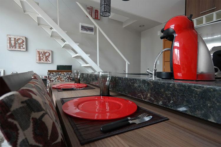 machine-expresso-compacte-cafetière-automatique-machine-à-moudre-le-café-cafetière-d'autrefois-les-cafetières-cafetière-à-piston-caféine-cafetière-napolitaine-machine-à-café-italienne-expresso-machine-à-café-la-plus-écologique-senseo-avec-pad-réutilisable-quelle-machine-à-café-broyeur-choisir-cafetière-tout-inox-machine-à-café-dosette-réutilisable-quelle-cafetière-filtre-choisir