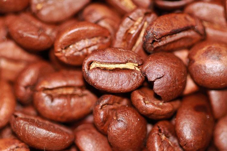 comment-faire-un-bon-café-au-percolateur-préparation-du-café-puissance-cafetière-filtre-dosette-bon-café-café-moulu-cafetière-à-piston-faire-café-filtre-sans-cafetière-café-filtre-à-l'ancienne-préparation-café-chemex-café-filtre-machine-espèce-de-café-comment-faire-du-café-au-lait-café-filtre-trop-clair-comment-faire-du-café-sans-cafetière