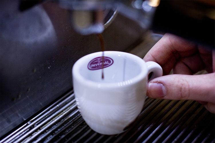 delonghi-specialista-cafetière-delonghi-meilleur-café-pour-cafetière-delonghi-delonghi-magnifica-4200s-delonghi-magnifica-1450-w-delonghi-etam-29.660-sb-autentica-de'longhi-660-sb-delonghi-esam-4200-s-magnifica-problème-marque-delonghi-avis-delonghi-barista-machine-delonghi-dinamica-ecam-350.35.-sb-delonghi-etam-avis-delonghi-dedica-machine-à-café-delonghi-magnifica-avis